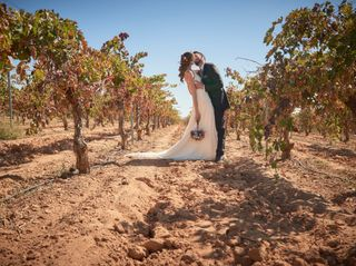 La boda de Llanos y Iván