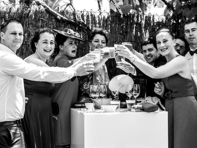 La boda de Alberto y Rebeca en Culleredo, A Coruña 32