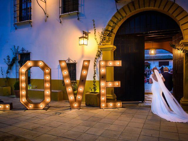 La boda de Luan y Vanesa en Sevilla, Sevilla 1