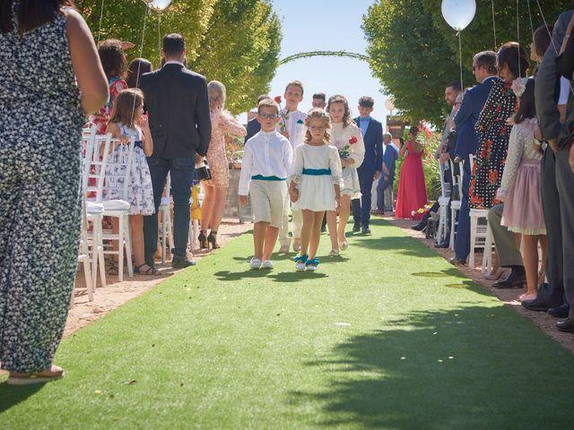 La boda de Iván y Llanos en Tomelloso, Ciudad Real 12