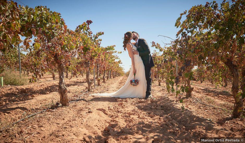 La boda de Iván y Llanos en Tomelloso, Ciudad Real