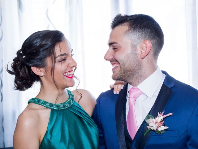 La boda de Jose y Débora en Arroyomolinos, Madrid 13