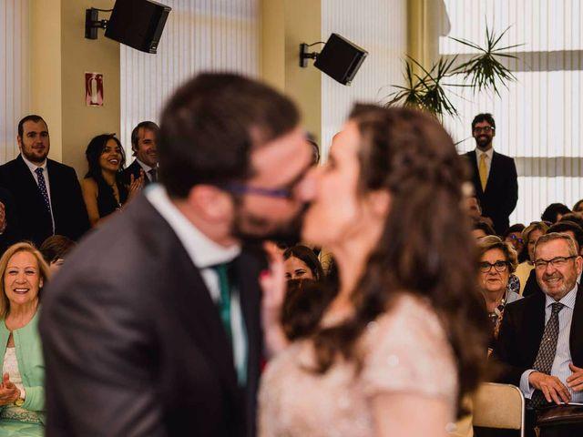 La boda de Alberto y Maria en San Sebastian De Los Reyes, Madrid 11
