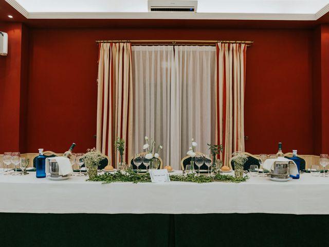 La boda de Moises y Carolina en Membrilla, Ciudad Real 24