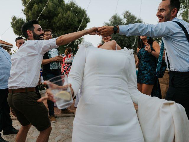 La boda de Moises y Carolina en Membrilla, Ciudad Real 33