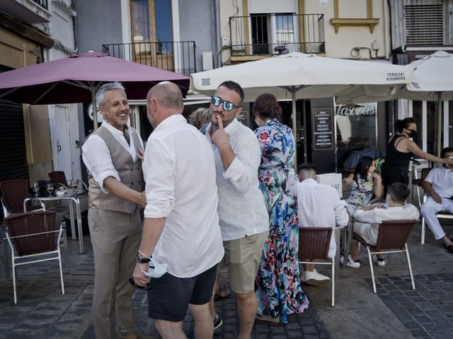 La boda de Vane y Hugo en Castelló/castellón De La Plana, Castellón 4
