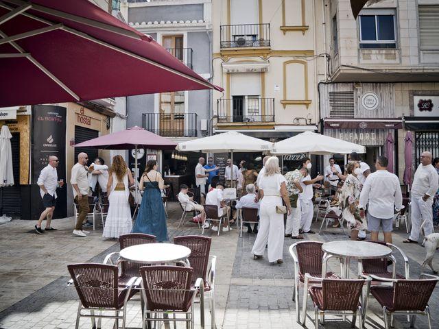 La boda de Vane y Hugo en Castelló/castellón De La Plana, Castellón 6