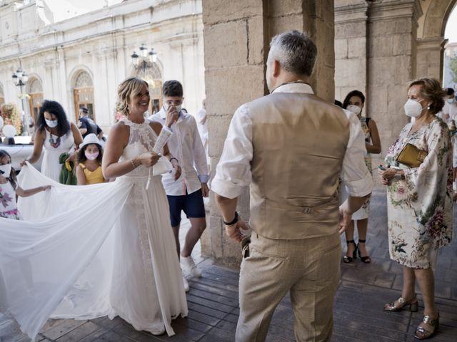 La boda de Vane y Hugo en Castelló/castellón De La Plana, Castellón 12