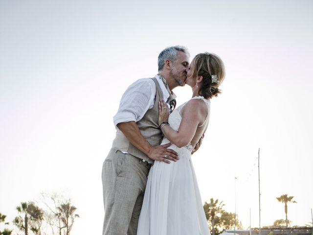 La boda de Vane y Hugo en Castelló/castellón De La Plana, Castellón 39