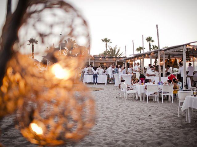 La boda de Vane y Hugo en Castelló/castellón De La Plana, Castellón 40