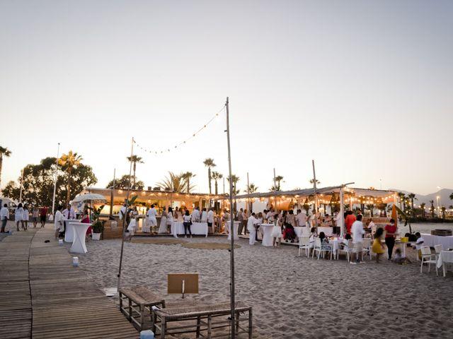 La boda de Vane y Hugo en Castelló/castellón De La Plana, Castellón 41