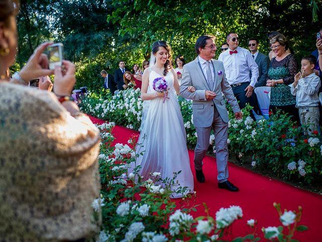 La boda de Victor y Diana en Aldea Del Fresno, Madrid 28