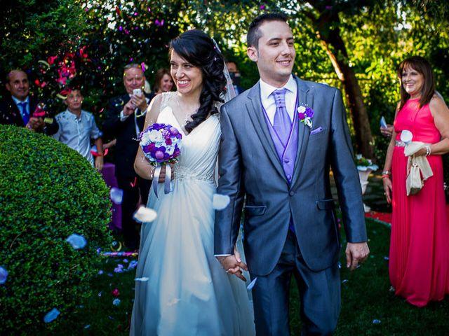 La boda de Victor y Diana en Aldea Del Fresno, Madrid 33