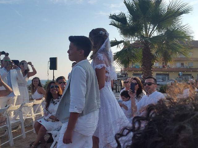 la boda de jordi y carolina en malgrat de mar, barcelona - bodas