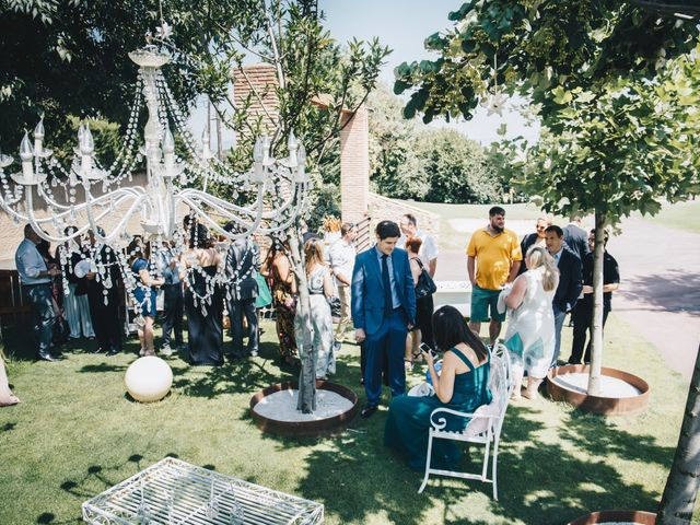 La boda de Kenan y Isabel en Sant Fost De Campsentelles, Barcelona 38