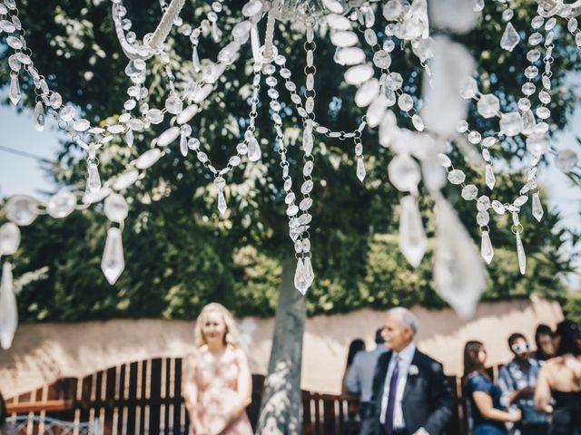 La boda de Kenan y Isabel en Sant Fost De Campsentelles, Barcelona 42