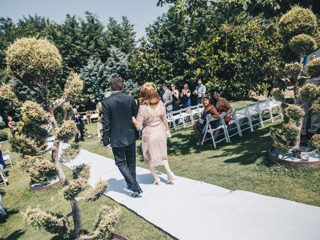 La boda de Kenan y Isabel en Sant Fost De Campsentelles, Barcelona 50