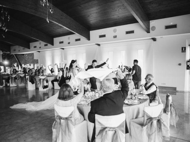 La boda de Kenan y Isabel en Sant Fost De Campsentelles, Barcelona 131