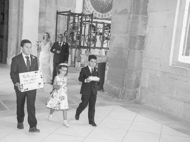 La boda de Cristina y Oliver en Cuenca, Cuenca 17