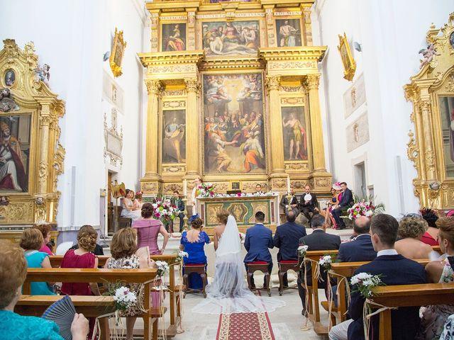 La boda de Cristina y Oliver en Cuenca, Cuenca 18
