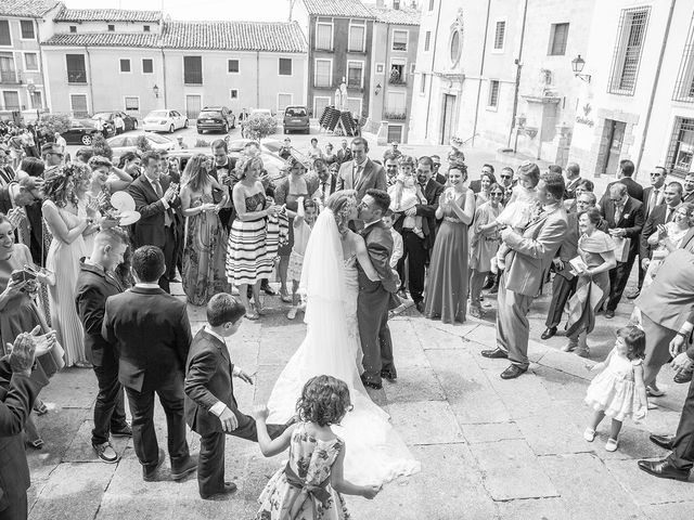 La boda de Cristina y Oliver en Cuenca, Cuenca 28