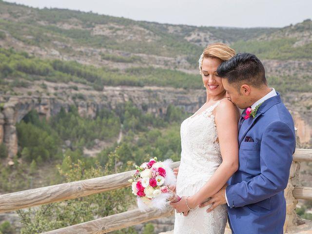 La boda de Cristina y Oliver en Cuenca, Cuenca 30