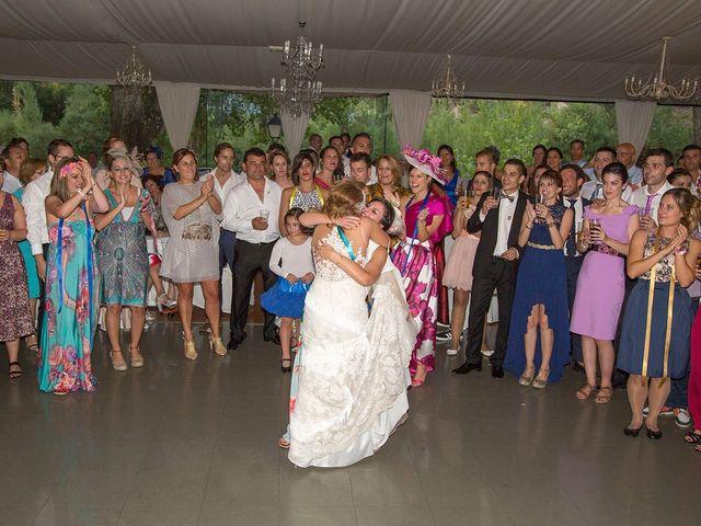 La boda de Cristina y Oliver en Cuenca, Cuenca 45