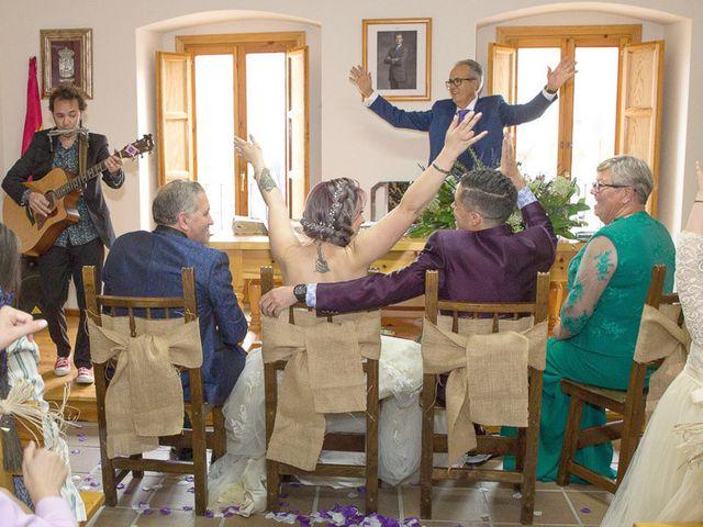 La boda de Israel y Magdalena en Brihuega, Guadalajara 25
