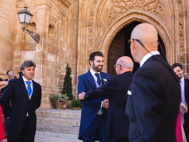 La boda de Víctor y Blanca en Torremocha Del Jarama, Madrid 43