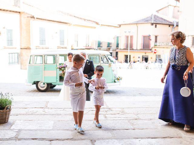 La boda de Víctor y Blanca en Torremocha Del Jarama, Madrid 47