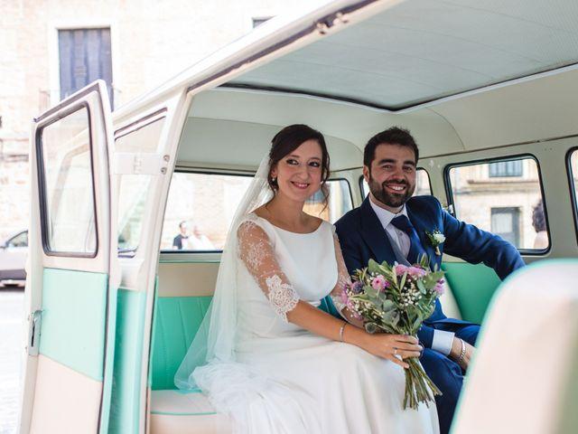 La boda de Víctor y Blanca en Torremocha Del Jarama, Madrid 74