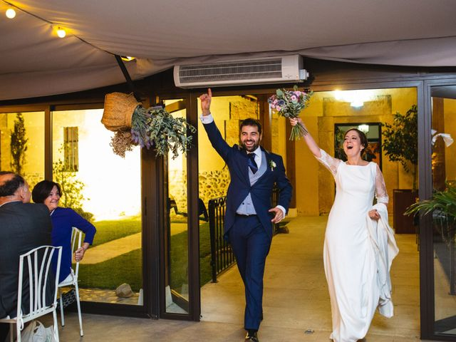 La boda de Víctor y Blanca en Torremocha Del Jarama, Madrid 129