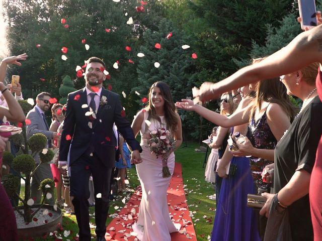 La boda de Laia y Javi en Sant Fost De Campsentelles, Barcelona 28