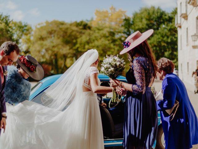 La boda de Marcos y Carmen en Tiedra, Valladolid 45