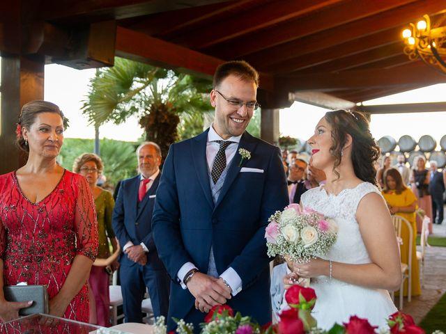 La boda de Josue y Mónica en Torrejon De La Calzada, Madrid 2