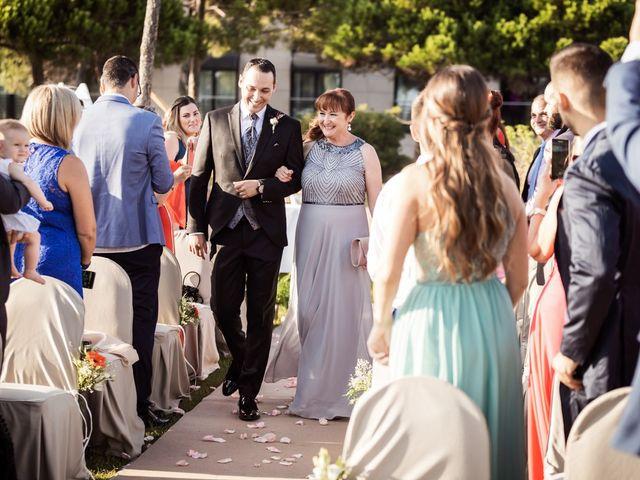 La boda de Javi y Marta en Gava, Barcelona 18