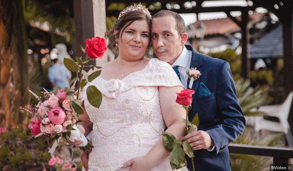 La boda de Carmen y Alfonso en Chiva, Valencia