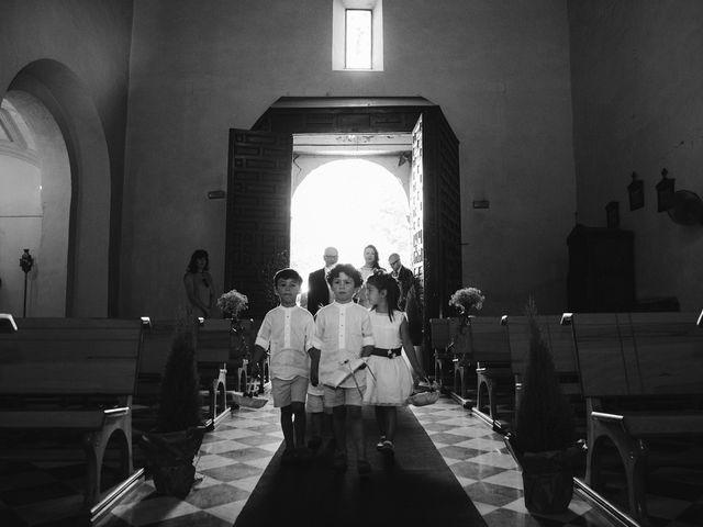 La boda de Daniel y Isabel en Huetor Vega, Granada 21