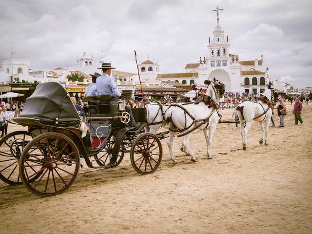 La boda de Juandi y Pili en El Rocio, Huelva 23