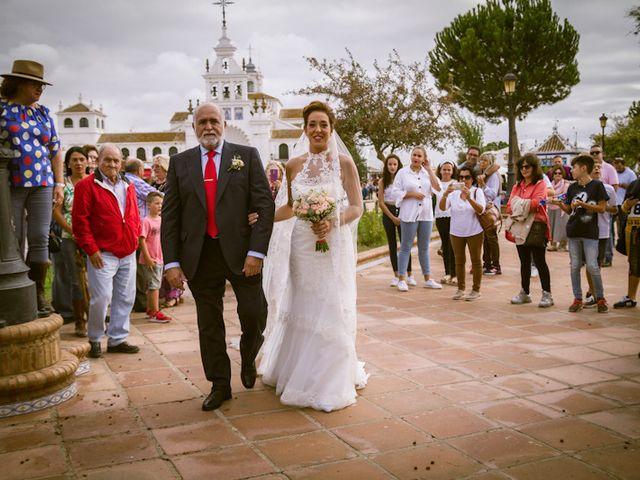 La boda de Juandi y Pili en El Rocio, Huelva 24