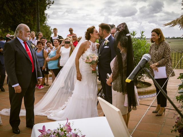 La boda de Juandi y Pili en El Rocio, Huelva 25