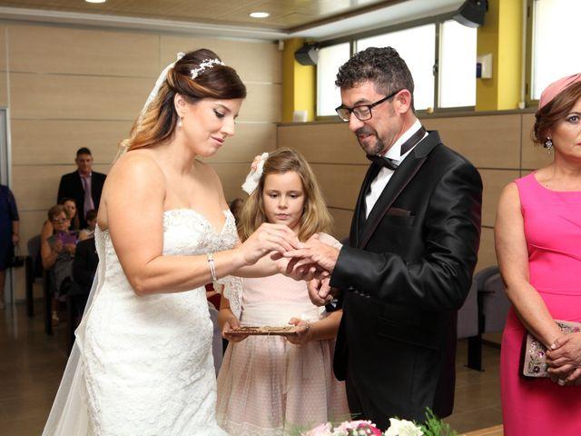 La boda de Noe y Juan en La Pobla De Farnals, Valencia 18