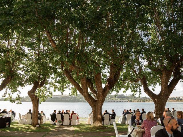 La boda de Ramón y Merce en Ferrol, A Coruña 106