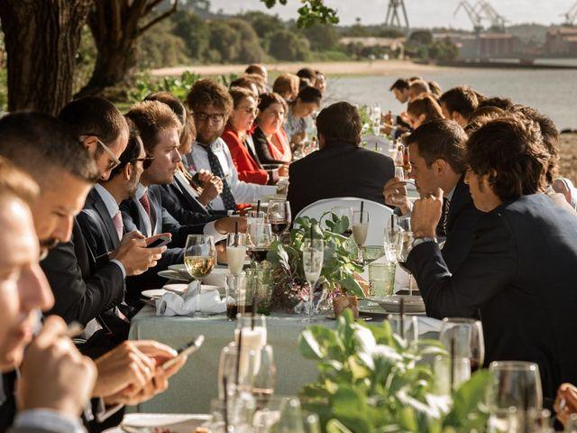 La boda de Ramón y Merce en Ferrol, A Coruña 108