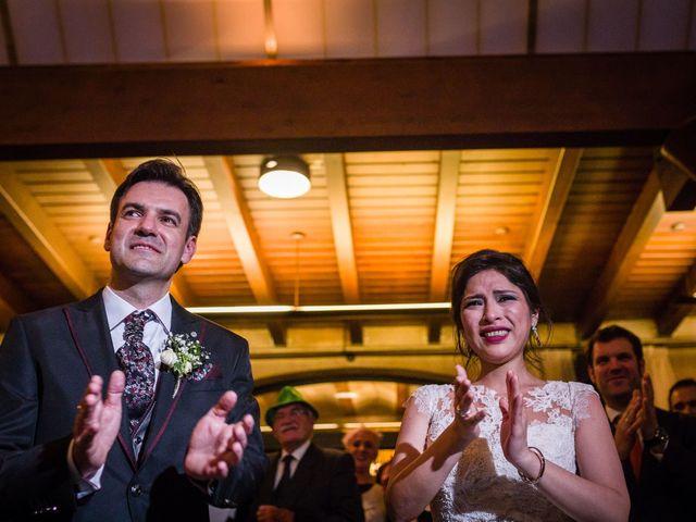 La boda de Juan y Rosália en Pamplona, Navarra 32