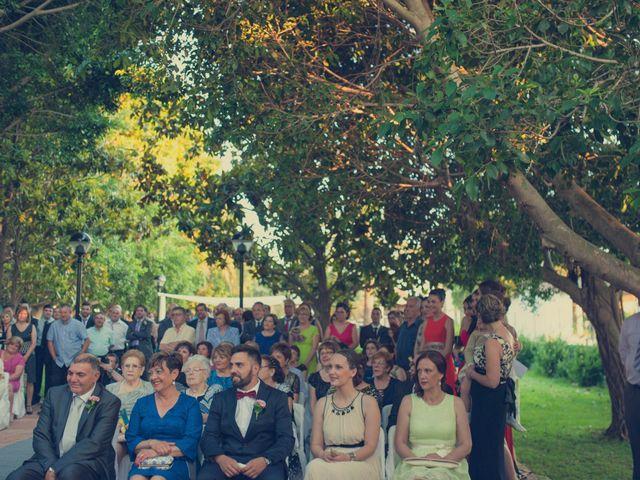 La boda de Vincen y Carmen en Castelló/castellón De La Plana, Castellón 45