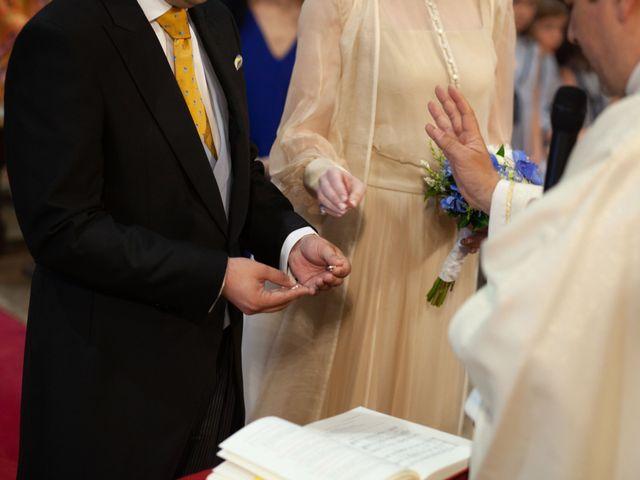 La boda de Rodrigo y Elena en Hondarribia, Guipúzcoa 26