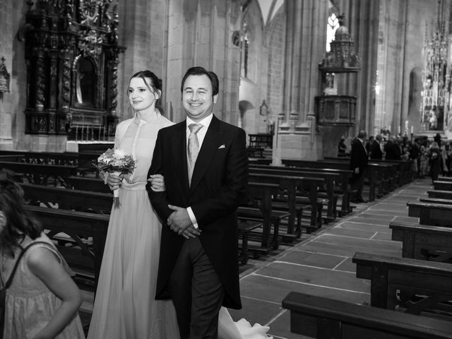 La boda de Rodrigo y Elena en Hondarribia, Guipúzcoa 31