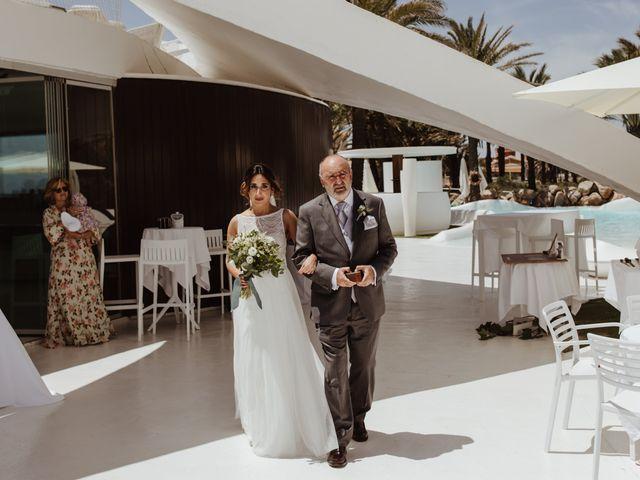 La boda de Roberto y Cristina en La Manga Del Mar Menor, Murcia 20