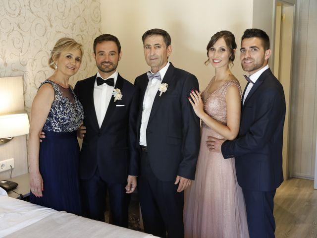 La boda de EDU y ESTHER en Riells, Girona 14